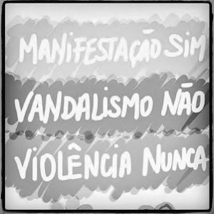 Manifestacao sim Violencia nunca